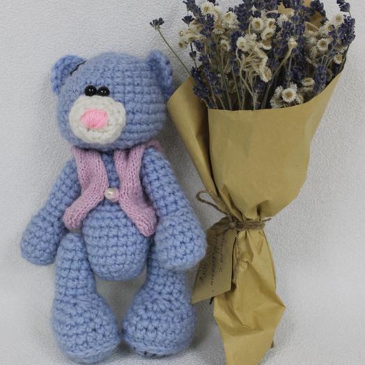 Влюбленый мишка: букеты цветов на заказ Flowwow
