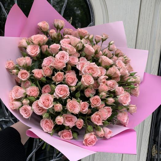 Розовое облако из кустовых роз: букеты цветов на заказ Flowwow