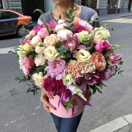 Шикарная коробка цветов для самой шикарной: букеты цветов на заказ Flowwow