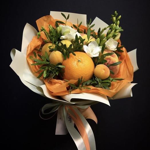Фруктово -цветочный букет: букеты цветов на заказ Flowwow