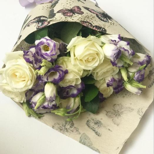 Букет Сборный из роз и эустомы