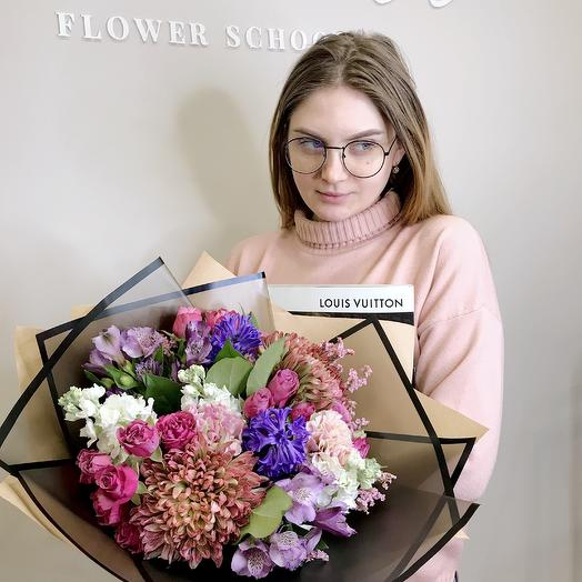 Букет с королевскими хризантемами: букеты цветов на заказ Flowwow