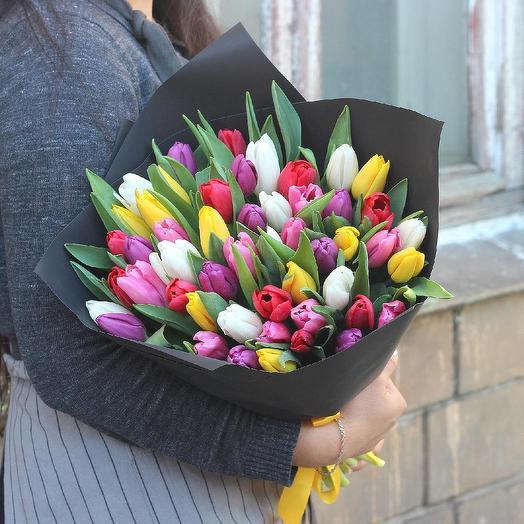 Сочный микс тюльпанов 49: букеты цветов на заказ Flowwow