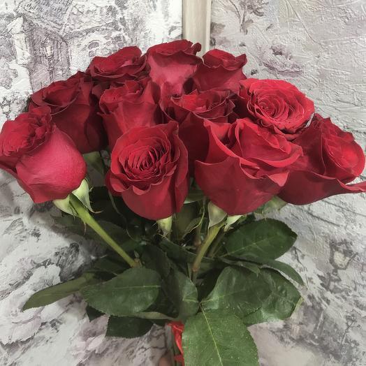 Букет 11 красных роз 60 см