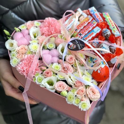 """Цветочное сердце """"С любовью"""""""