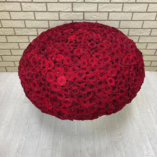 501 роза в корзине
