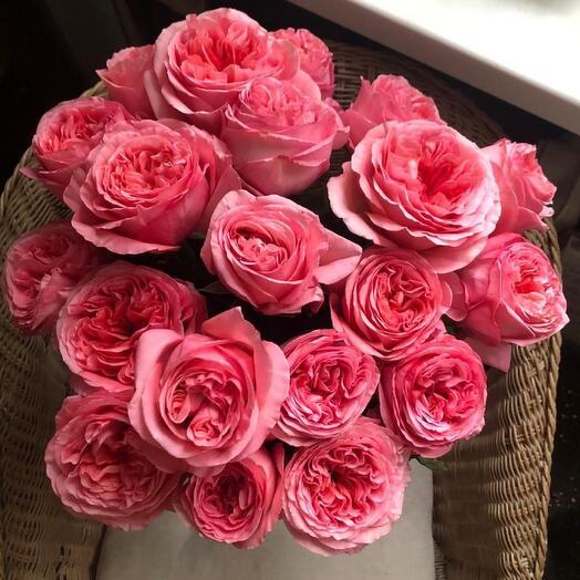 Букет из пионовидых роз