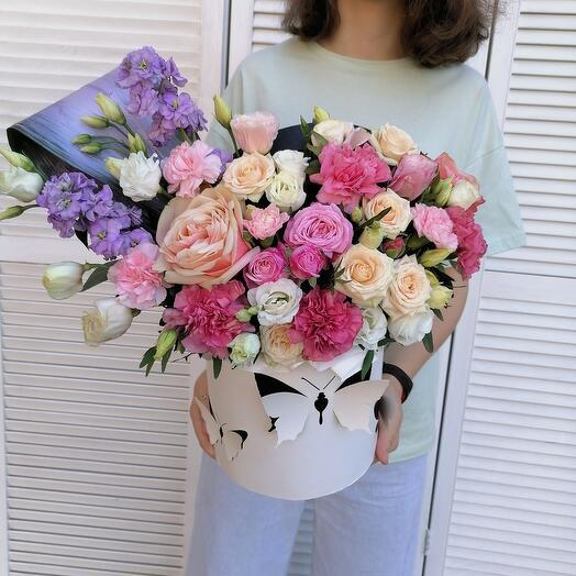 """Цветы в коробке""""с любовью""""💕"""