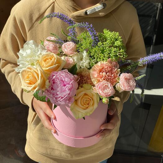 Авторские Цветы в коробке