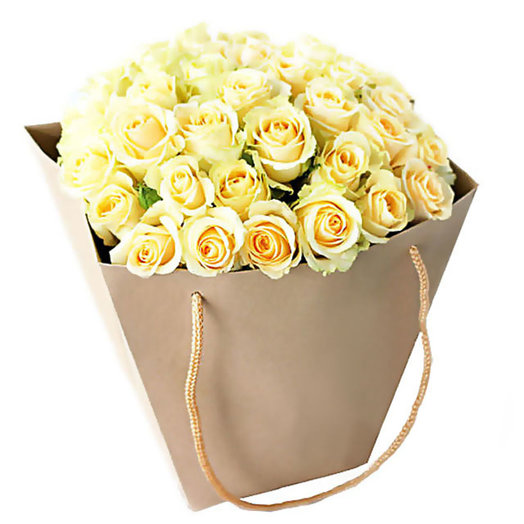 Букет из роз Белая магия: букеты цветов на заказ Flowwow