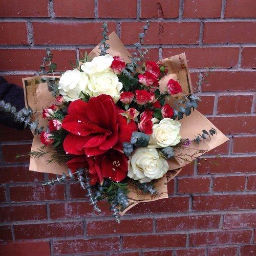 Красный амариллис: букеты цветов на заказ Flowwow