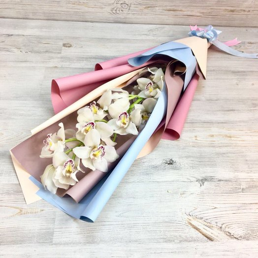 Монобукеты. Орхидеи N76: букеты цветов на заказ Flowwow