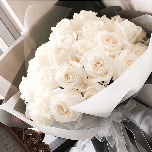 Белоснежная Роза Аваланж: букеты цветов на заказ Flowwow