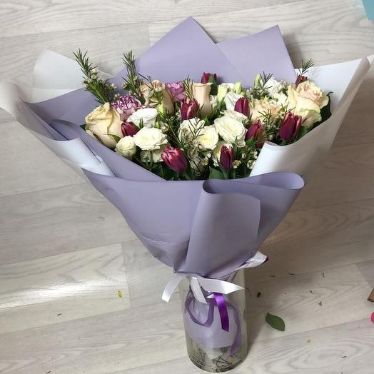 Композиция рассвет в дизайнерской упаковке: букеты цветов на заказ Flowwow