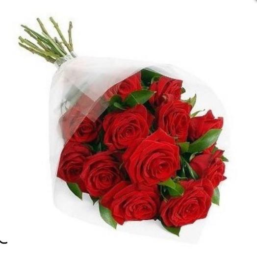 Розы в упаковке: букеты цветов на заказ Flowwow