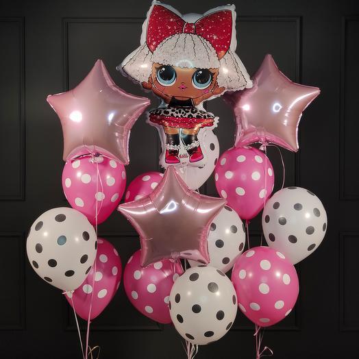 Композиция из шариков с куклой LOL и розовыми звездами