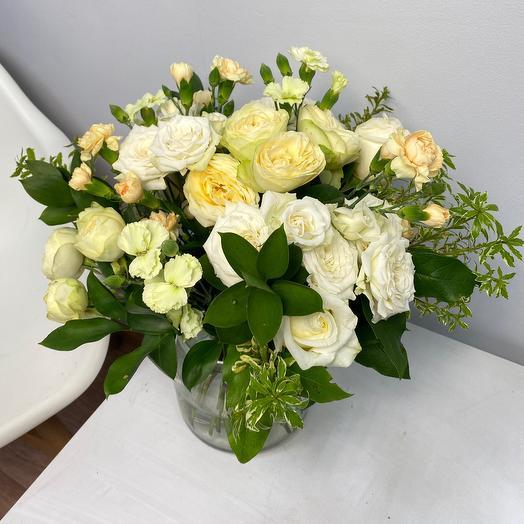 Букет с миксом сортовых роз
