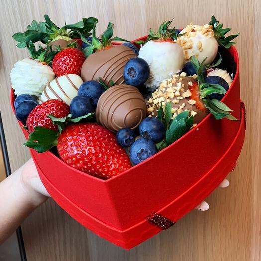 Набор клубника в Шоколаде Сердце 7