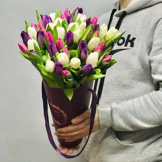 51 тюльпан в конусе