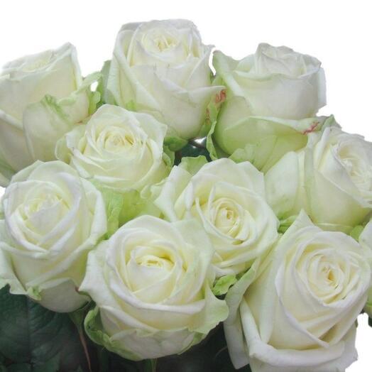 Букет из белых роз 9
