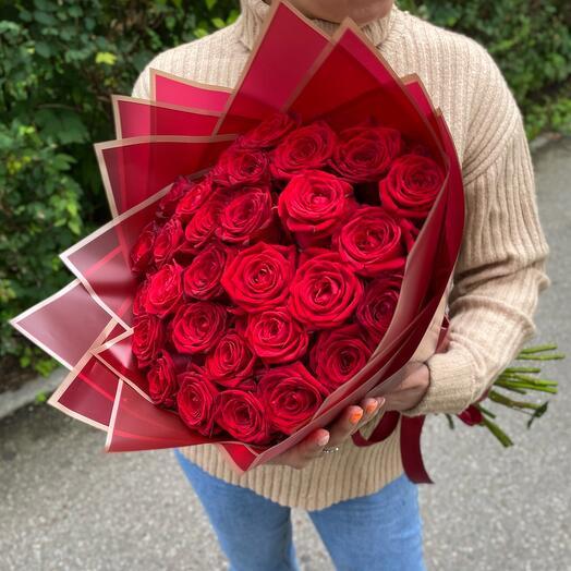 29 красных роз 60 см