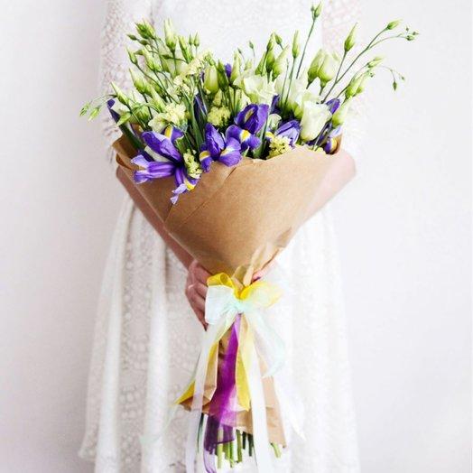 ЛИЗИАНТУС ИРИС И СТАТИЦА: букеты цветов на заказ Flowwow