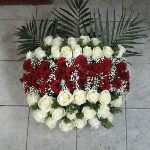 Букет 111 роз  Мама: букеты цветов на заказ Flowwow