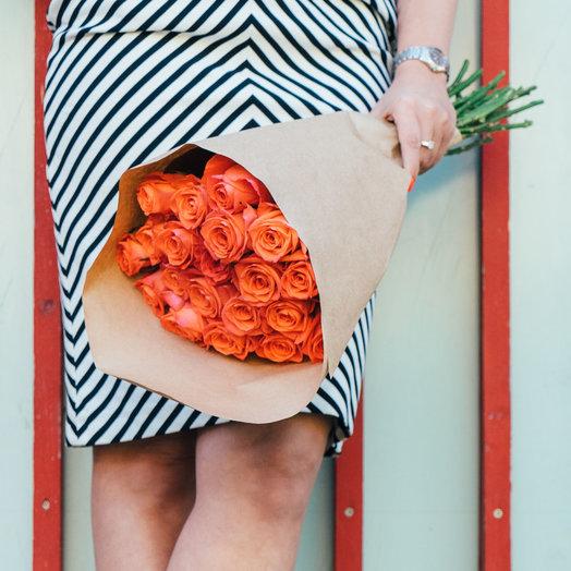 19 оранжевых роз: букеты цветов на заказ Flowwow