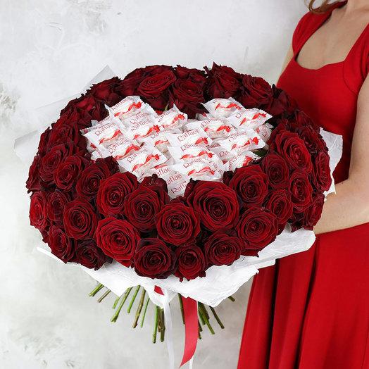 51 красная роза с конфетами Раффаэлло