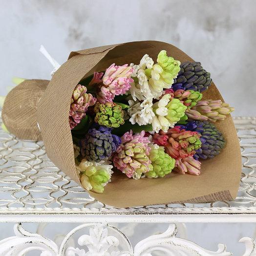 Букет из 15 гиацинтов в крафте: букеты цветов на заказ Flowwow
