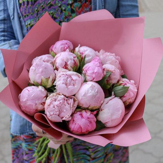 Эйфория июня ( 15 сезонных пионов ): букеты цветов на заказ Flowwow