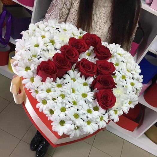 Огромное сердце: букеты цветов на заказ Flowwow