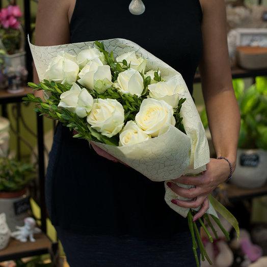 Букет из 11 белых роз: букеты цветов на заказ Flowwow