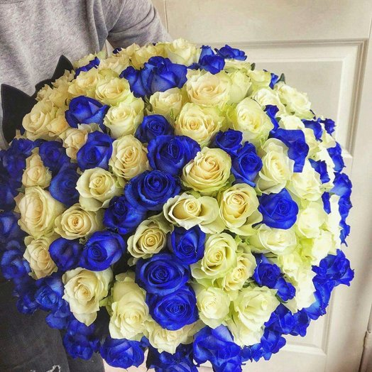 Bouquet of 101 blue roses: flowers to order Flowwow