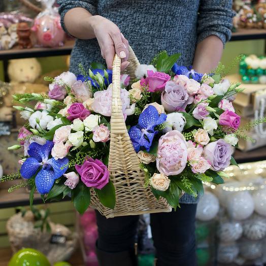 """Корзина цветов """"Гламур"""": букеты цветов на заказ Flowwow"""