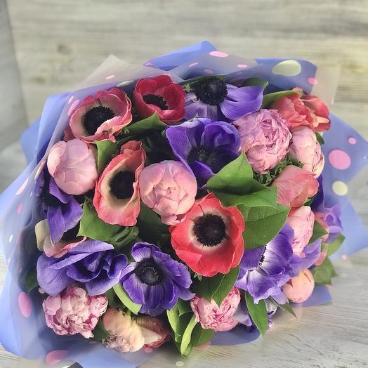 Букет из пионов и анемонов: букеты цветов на заказ Flowwow
