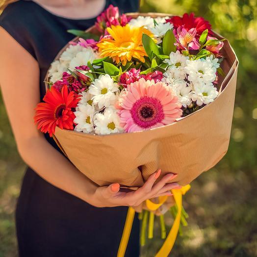 Букет из хризантем, альстромерий и гербер: букеты цветов на заказ Flowwow