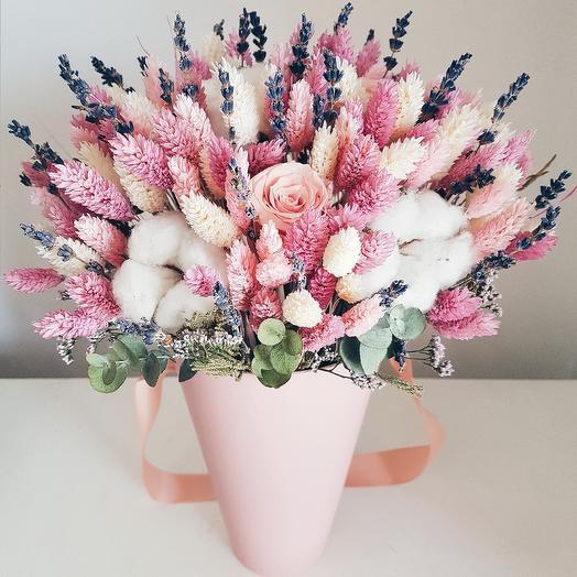 Неувядающая красота: букеты цветов на заказ Flowwow