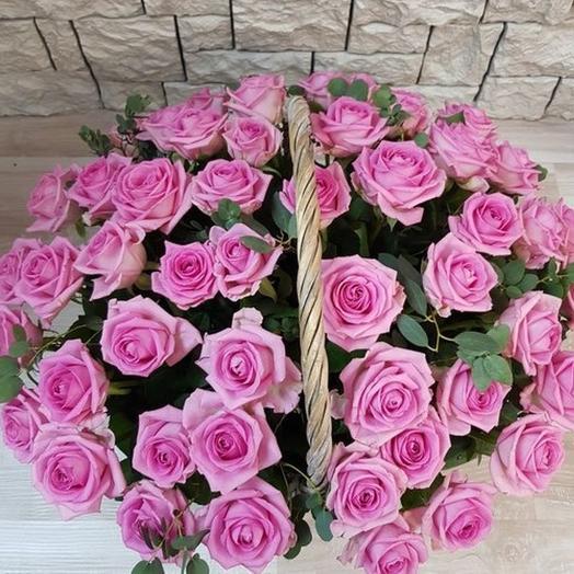 Корзина 51 розовая роза