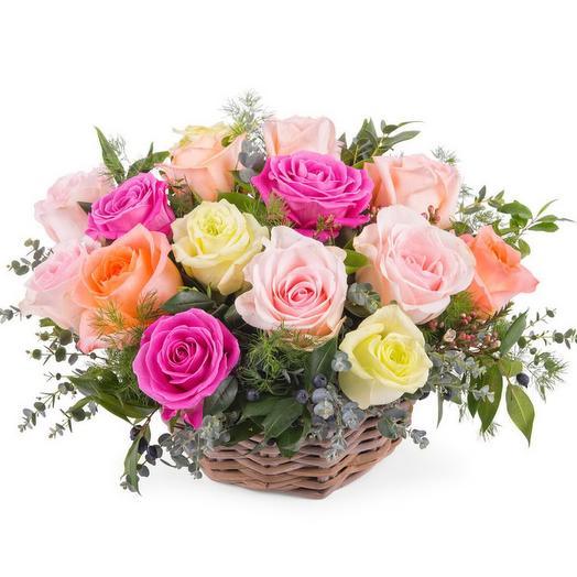 """Корзина из 25 роз """"Восточный экспресс"""""""