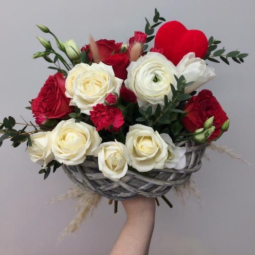 Любовный круг: букеты цветов на заказ Flowwow