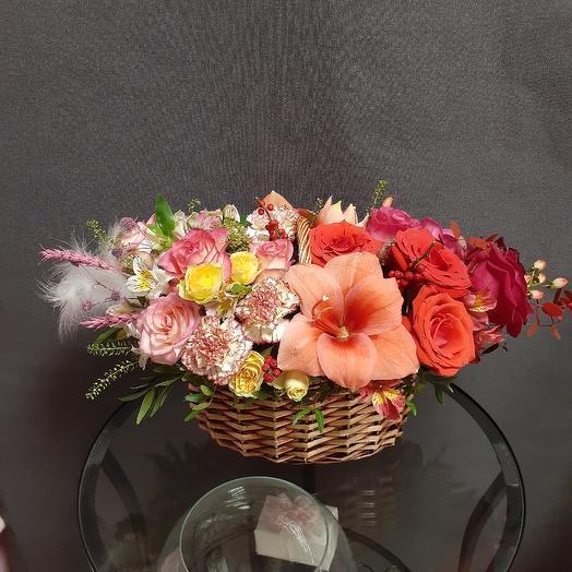 Basket VIP: flowers to order Flowwow