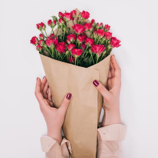 7 Малиновых Роз Кустовых: букеты цветов на заказ Flowwow