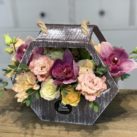 Сумочка «ромбик с цветами»: букеты цветов на заказ Flowwow