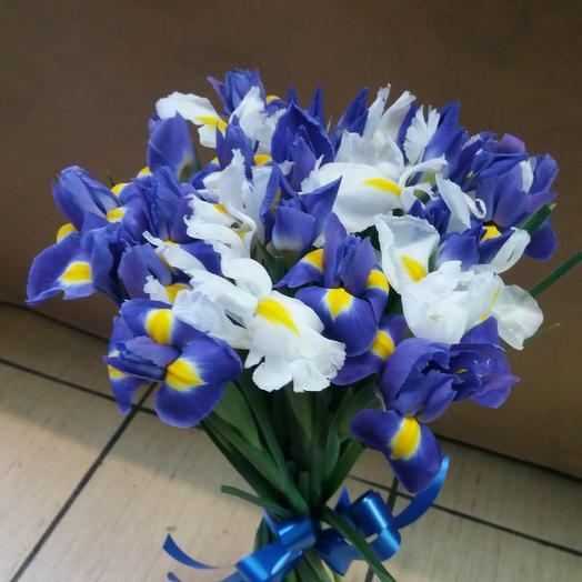 Букет «Ирисия»: букеты цветов на заказ Flowwow
