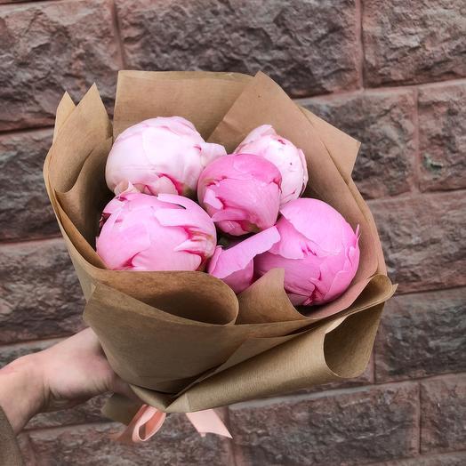 Моно пионы: букеты цветов на заказ Flowwow