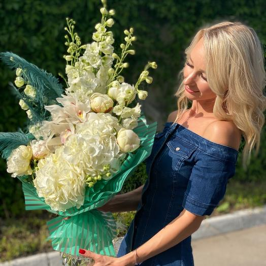 Букет с перьями: букеты цветов на заказ Flowwow