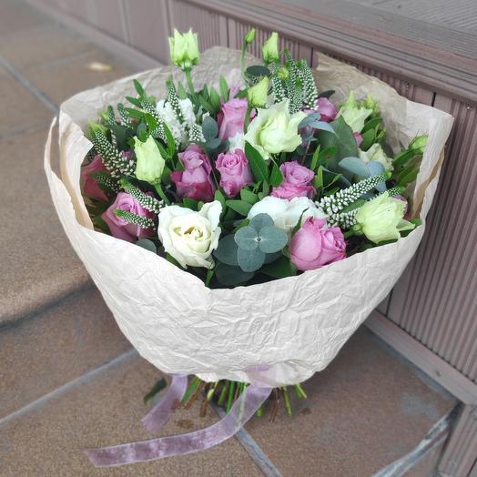 Букет серо-буро-малиновый в крапинку: букеты цветов на заказ Flowwow