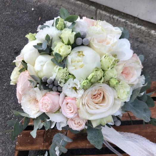 Букет невесты нежный + бутоньерка