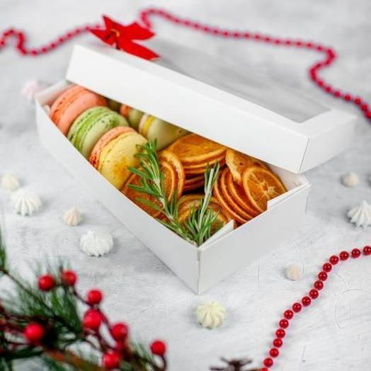 Зимний набор макаронс и апельсиновые чипсы